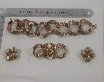 Vintage  goldtone jewelry  set