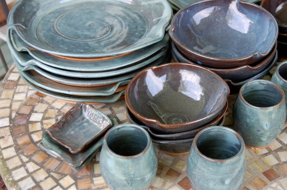 & Eclectic Dinnerware Set of 6 Place Settings in Slate Blue