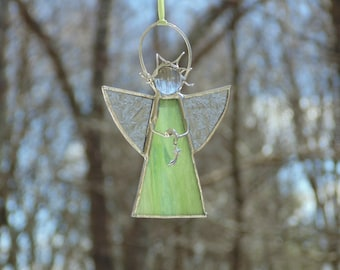 Stained glass angel ornament, light green angel suncatcher, small spiritual sun catcher Christmas angel