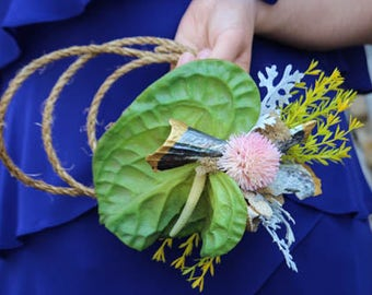 Tropical Sea Shell Hoop Bouquet