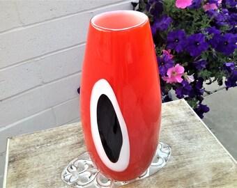 "Gino Cenedese Murano Red Italian Art Glass Vase Signed 12"" Black Eye Spot Hand Crafted Glass Abbraccio"
