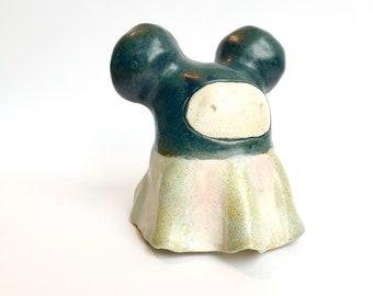 Yorokobi ceramic sculpture