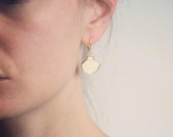 Gold seashell drop earrings