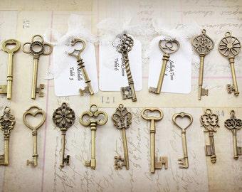 32 Antique bronze Skeleton Key Collection vintage style wholesale wedding decorations keys of Setember