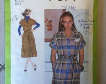 "Simplicity Vintage Dress Pattern 9079 Size: 20, Bust 42"",  Waist 34"", Hip 44"""