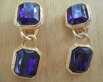 vintage costume jewelry  / purple glass clip on earrings