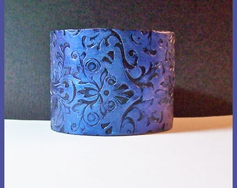 Cuff Bracelet Polymer Clay Sapphire Blue Brocade 2 in   Magnetic Clasp
