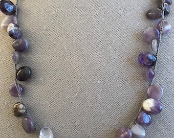 Amethyst necklace with pale leather