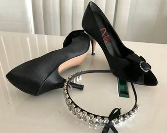 Vintage Dolce by Pierre Black Satin Pumps with Velvet Bows and Rhinestones -- Size 8 US