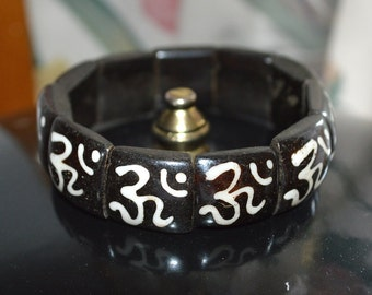 OM AUM Bracelet - Beautifully Handcrafted Bracelet