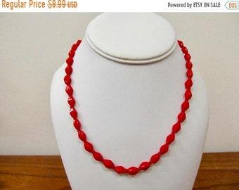 On Sale Vintage Sculptured Red Glass Beaded Necklace Item K # 2380