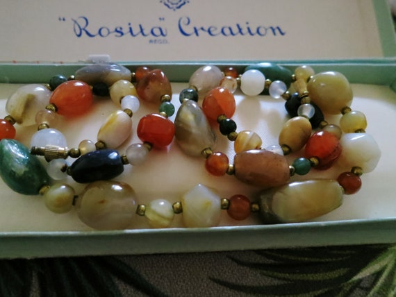 Lovely vintage goldtone Scottish polished semi precious stone   necklace