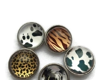 HALF PRICE Animal themed snap charms are half off regular price. 20 mm Snap buttons are compatible with regular sized snap jewelry. 50% OFF