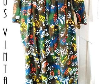 """Plus Size UK 18 1970s Vintage Smock Dress Cotton Floral Tropical Hippy Maternity Peasant US 14 Bust 44"""" 112cm"""