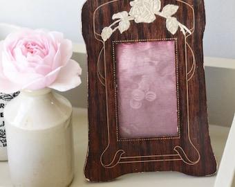 Pretty dressing table wood veneer frame