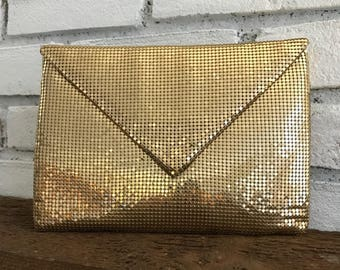 Vintage Metal Mesh Clutch. Whiting Davis Evening Bag. Gold Envelope Style Mesh Purse. Vintage Fashion Accessory. Circa 1950. Estate.