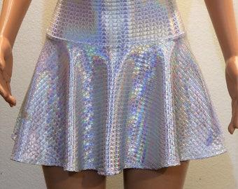 Geometric Holographic Skirt