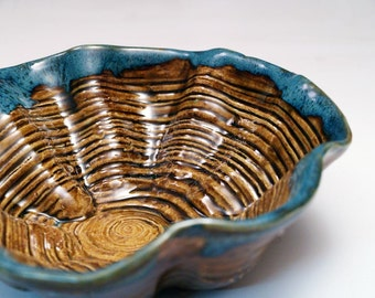 Ruffled Ridged Amber Brown Serving Bowl with Blue Trim