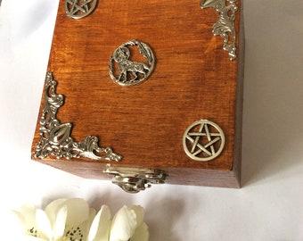 Pentagram Wolf Wooden jewellery box trinket gift keepsake walnut gift her birthday wood supernatural Wicca Wiccan pentacle occult groomsman