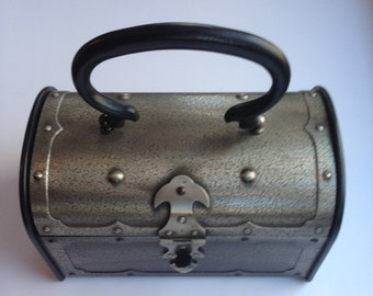 Vintage Treasure Chest Box Purse