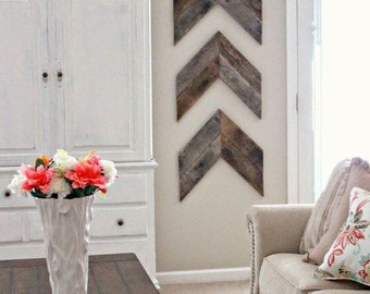 Set of 3: Chevron wood decor