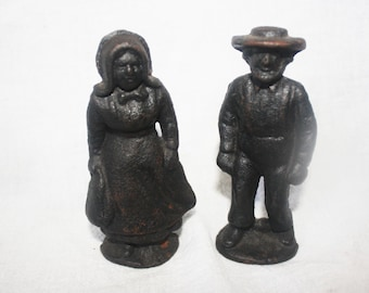 Vintage Small Cast Iron Amish Couple