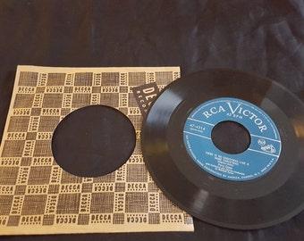 RCA Victor vintage 45 Album Christmas classic songs