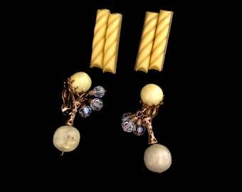 Set of Two Vintage 50s Earrings          GJ 2816