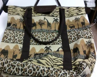 Purse or Bag/Wild Aminals