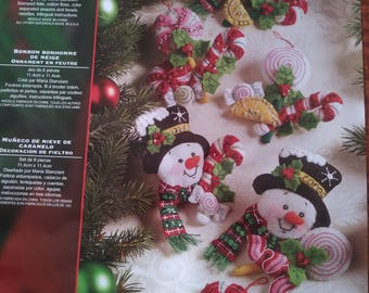 Christmas ornaments - Candy Snowman - Bucilla