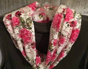 Handmade Floral Lace Infinity Scarf Cream with Pink Flowers