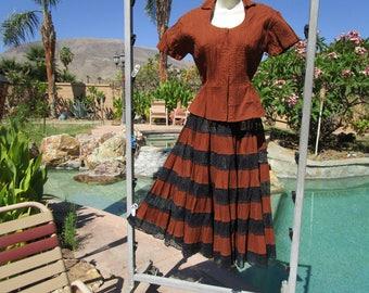 "Vintage 1950s Mexican circle skirt top set cotton lace S/M 28"" waist pintuck milk chocolate brown black"