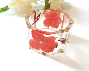 Resin Bangle Bracelet With Flowers, Flower Resin Bangle, Red Flowers, Floral Bangle Bracelet, Size Medium, Summer Jewelry, One Of A Kind