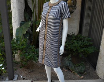 Vintage 1960's Brown/Black & White Striped Dress - Size 10