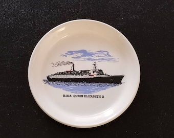 """Vintage Cunard Line RMS. Queen Elizabeth 2: Trinket / Candy / Change Dish - Approximately 4-1/4"""" diameter x 3/4"""" high"""