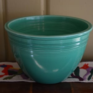 Green Fiestaware Mixing Bowl #5 1938-1942 Original Bowls