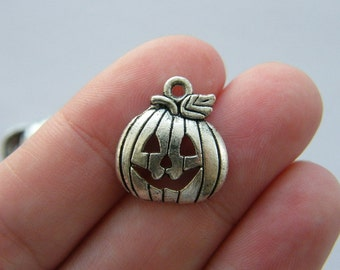 BULK 40 Halloween pumpkin charms antique silver tone HC176