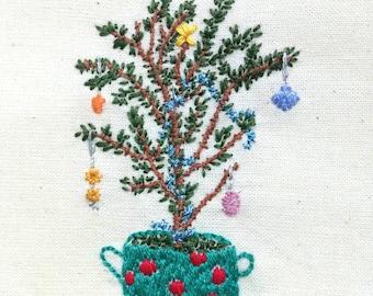 Christmas Hoop, Christmas Tree Decoration, Hand Embroidery Hoop, Hoop Art, Seasonal Decoration