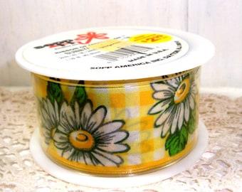 Sunny Daisy Ribbon, Wired Edge, Yellow and White Check Background, White Daisies, 2 yards, Sopp  (965-15)