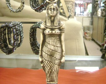 Amazing Egyptian Goddess Isis Hand Carved Made in Egypt