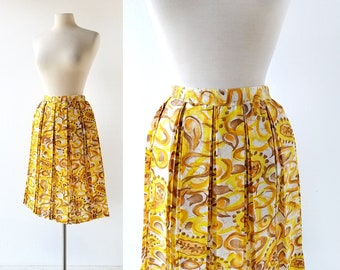 "60s Pleated Skirt | Sketched Paisley Skirt | 1960s Skirt | 26"" Waist"