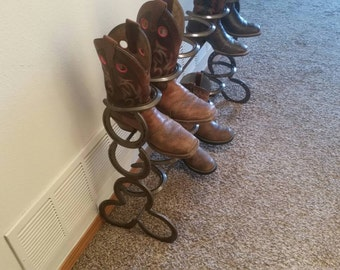 Horseshoe boot rack 6 pair