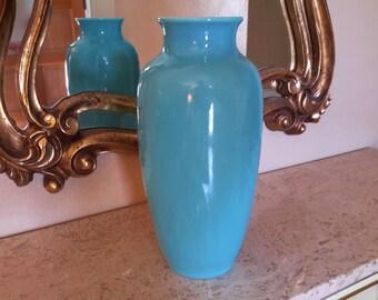ROOKWOOD POTTERY VASE Shape 6870 Dated 1946 Daffodil Floral Design Sleek Peking Blue Crystalline Color