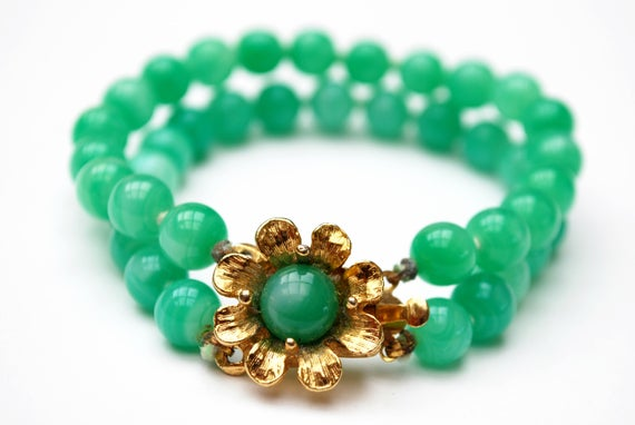 Green Peking glass Flower bracelet - Signed Japan gold floral  knotted bead bangle gift for her