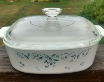 Corning Ware PROVINCIAL BLUE 2 Liter Casserole Dish with Glass Lid Corelle
