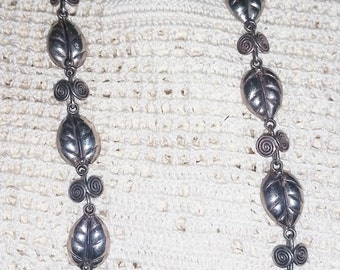 Vintage Handmade Mexican Sterling Silver Taxco Leaf Design Necklace, Signed by V.A., circa 1950's