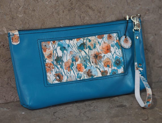 Window of Spring lined leather wristlet