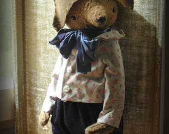 PDF E-pattern for 16 inch Artist Teddy Bear Mark plus the pattern for the outfit and Napoleon Hat pattern includedby Sasha Pokrass.