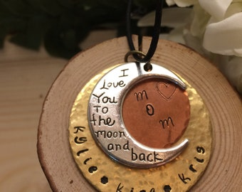 Mom//Grandma//Children's Names//3 Layer Circle Necklace//To The Moon and Back Necklace