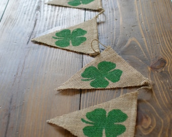 St. Patrick's Day Green Shamrock Lucky Four Leaf Clover Banner Bunting